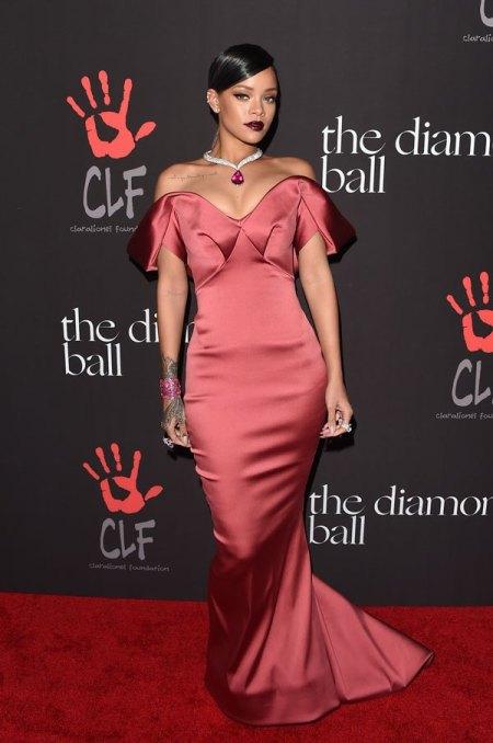 rihanna-dress-2-diamond-ball-gty-1